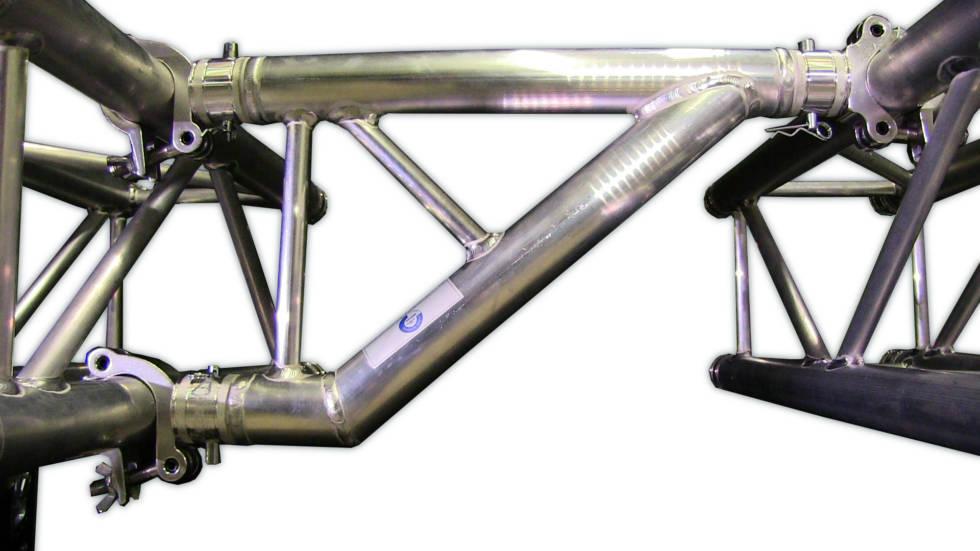 F32 Claw